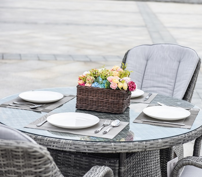 4 Seat Garden Wicker Dining Sets with Double Layer Glass